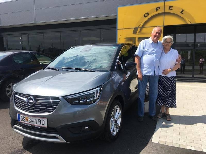 Heute übernahm unser langjähriger Stammkunde, Herr Kertelics, seinen neuen Opel #CrosslandX Innovation Automatik. Wir gratulieren zur sehr guten Wahl und wünschen viele unfallfreie Kilometer und viel Freude mit dem neuen Opel.